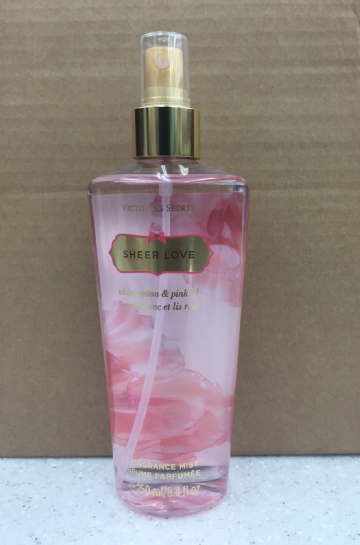 VICTORIA'S SECRET SHEER LOVE FRAGRANCE MIST - 250ml